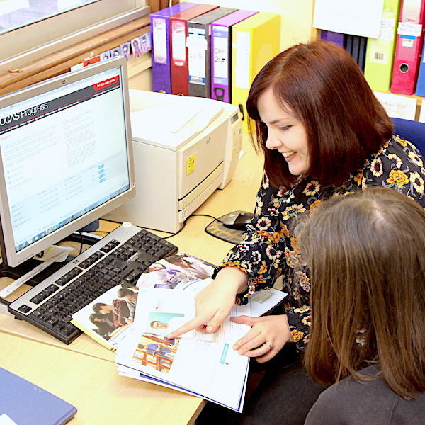 Our Careers Advisor giving a student 1-2-1 guidance